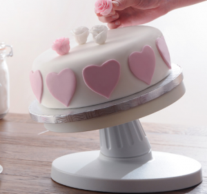 turntable-cake-stand